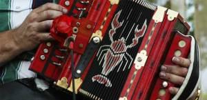 cajun-country-louisiana-man-playing-accordion-1024
