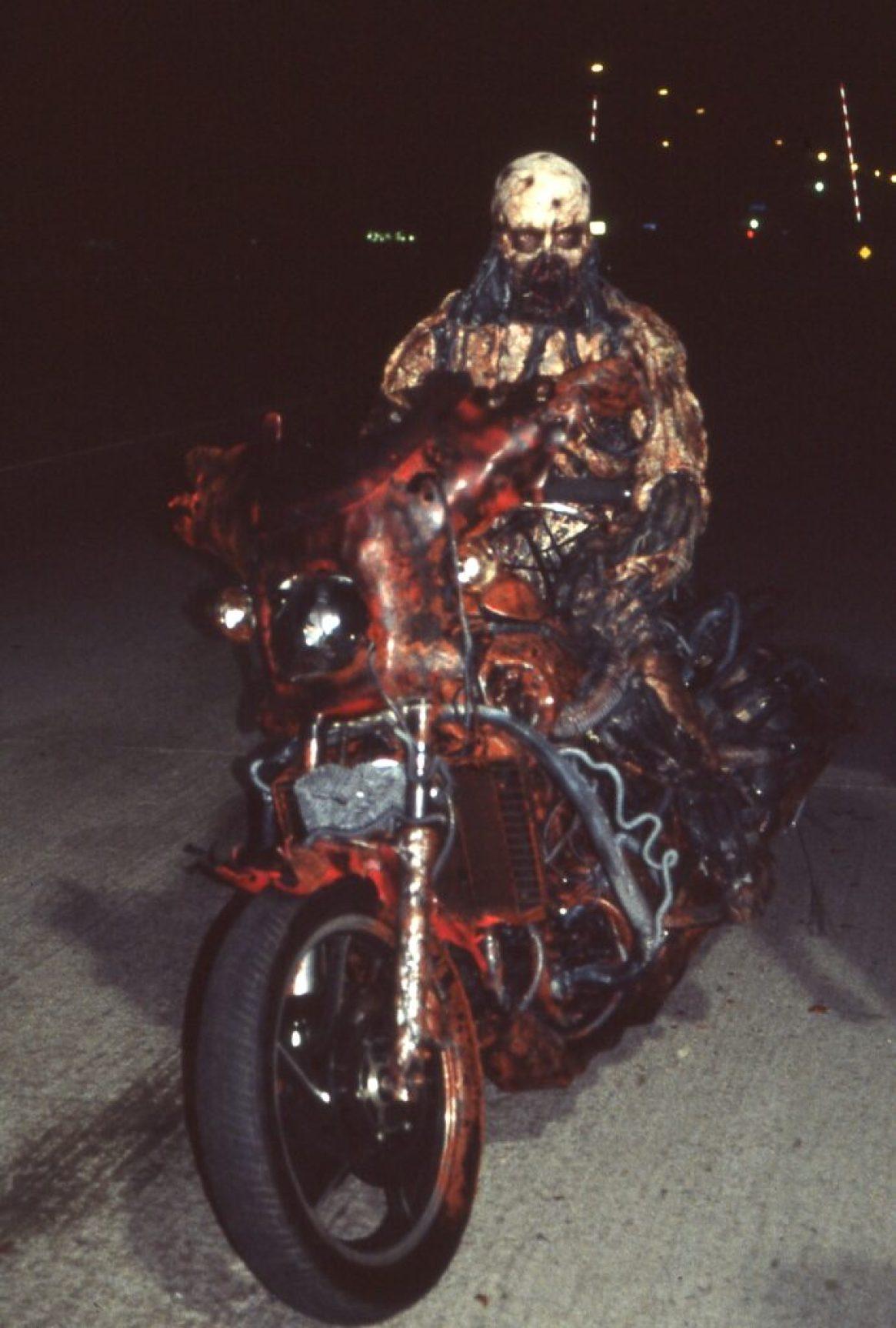 NoES5 Iron man on Bike