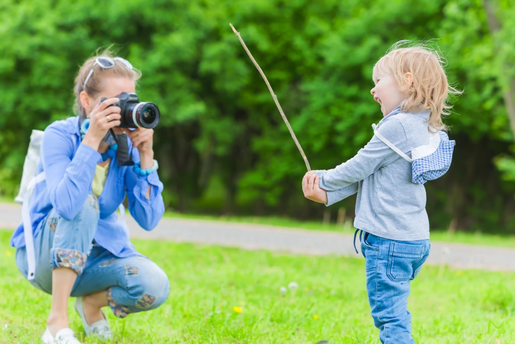 Photography 101 for moms with cameras - photographer shooting at child's level - RCI Plus Topsail