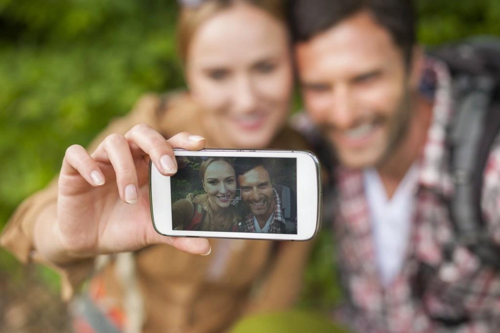 selfie tips - portrait photography - RCI plus Topsail