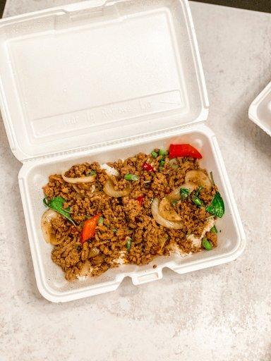 beef basil - jasmine tasty thai - RCI Plus Topsail