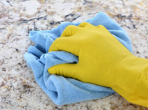 How to Clean Your Countertops