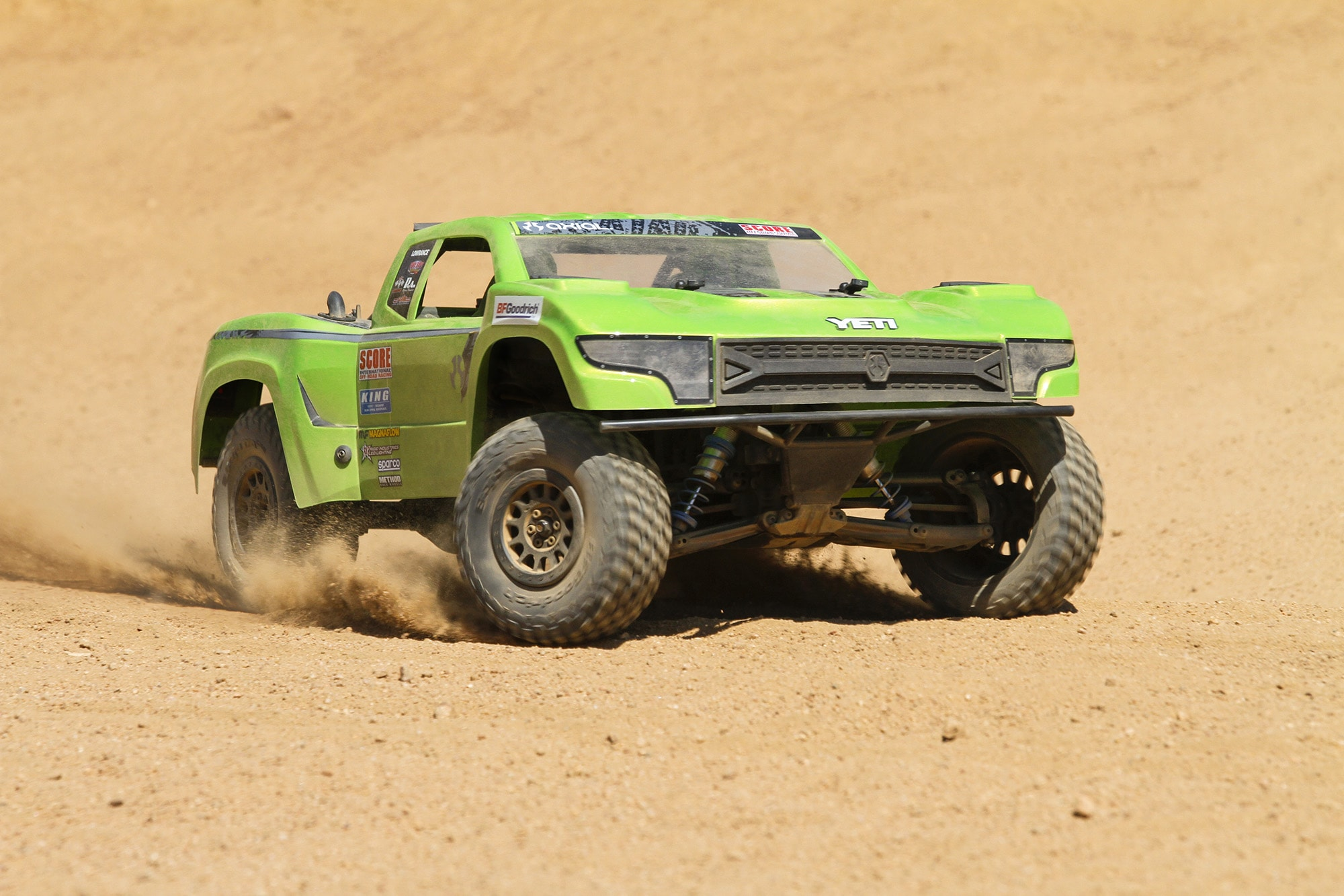 "Axial ""Scores"" with Their New YETI SCORE Trophy Truck"