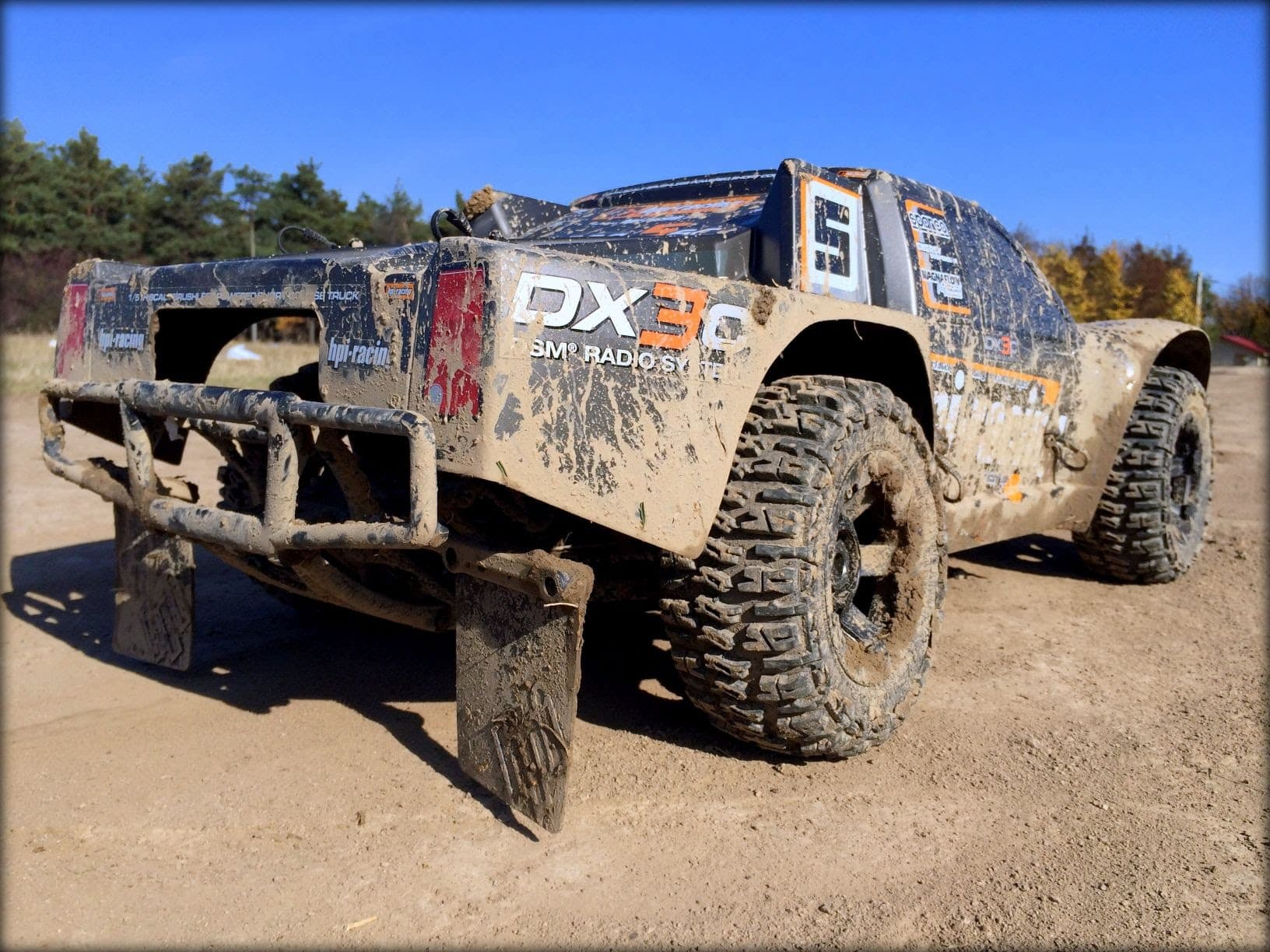 Monday, Muddy Monday – A HPI Super 5SC getting dirty. [Video]