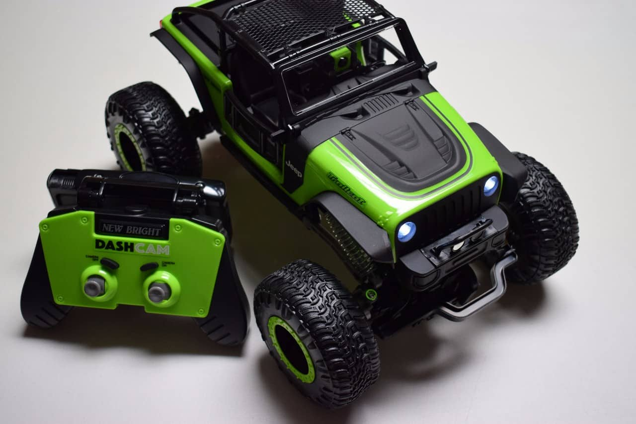 Review: New Bright R/C DashCam Jeep Trailcat