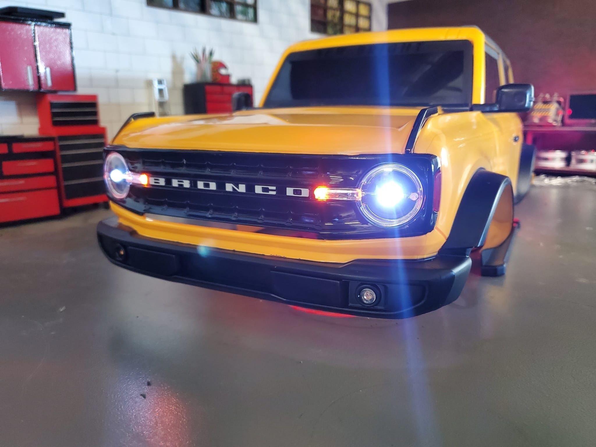 PowerShift RC Releases an LED Light Kit for New Bright's 1/8-scale 2021 Ford Bronco