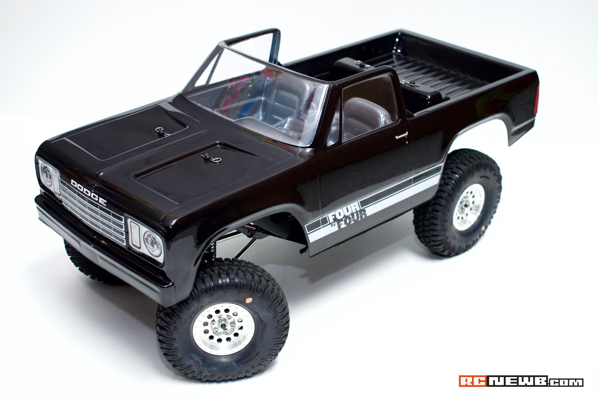 Pro-Line Dodge Ramcharger-Rock Shooter-Interco TrXus - 0099