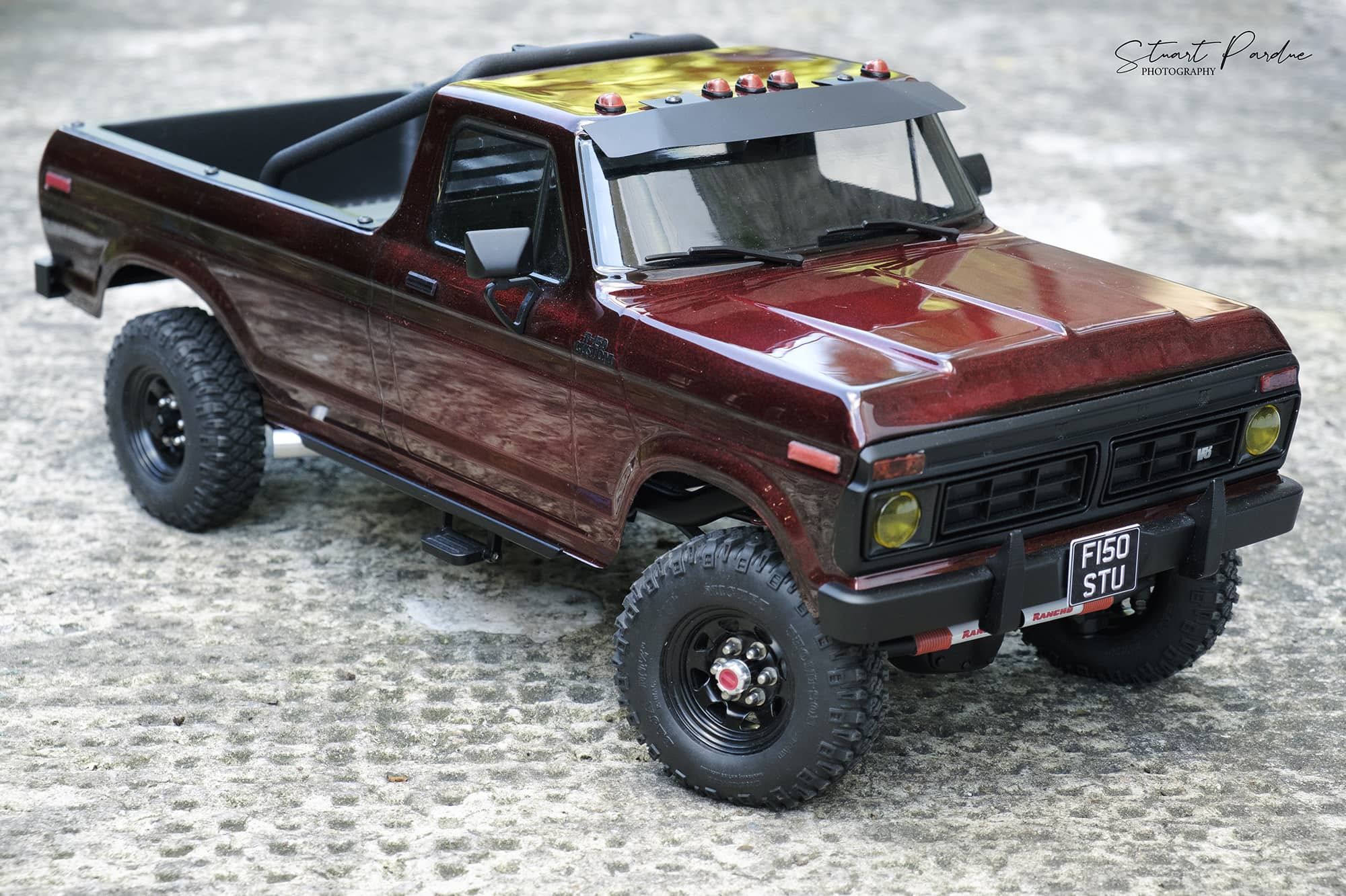 From Stock to Stunner: Stuart Pardue's Carisma Scale Adventure Custom SCA-1E Ford F-150