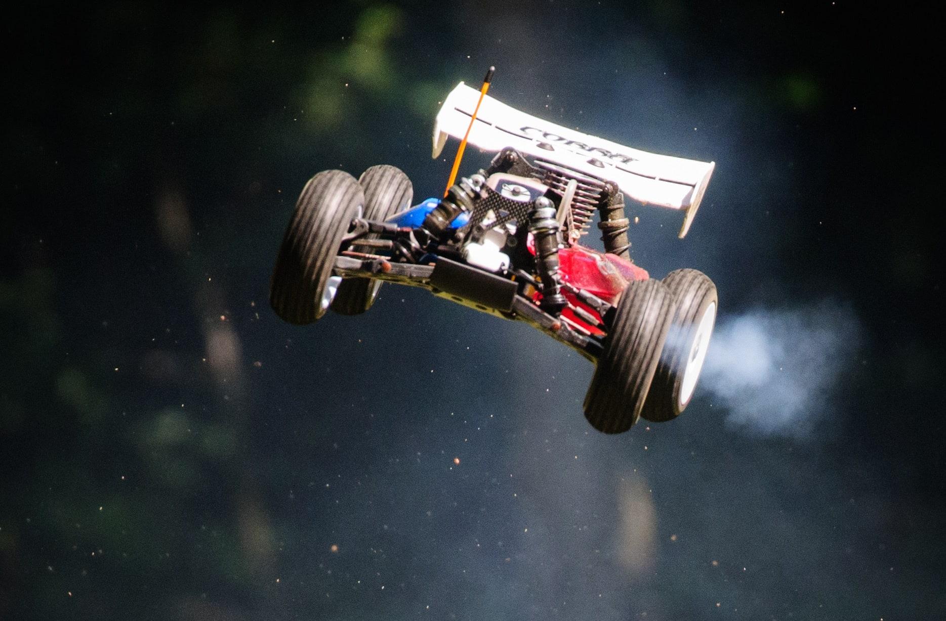 A New Racing Resource: RacingRCCar.com