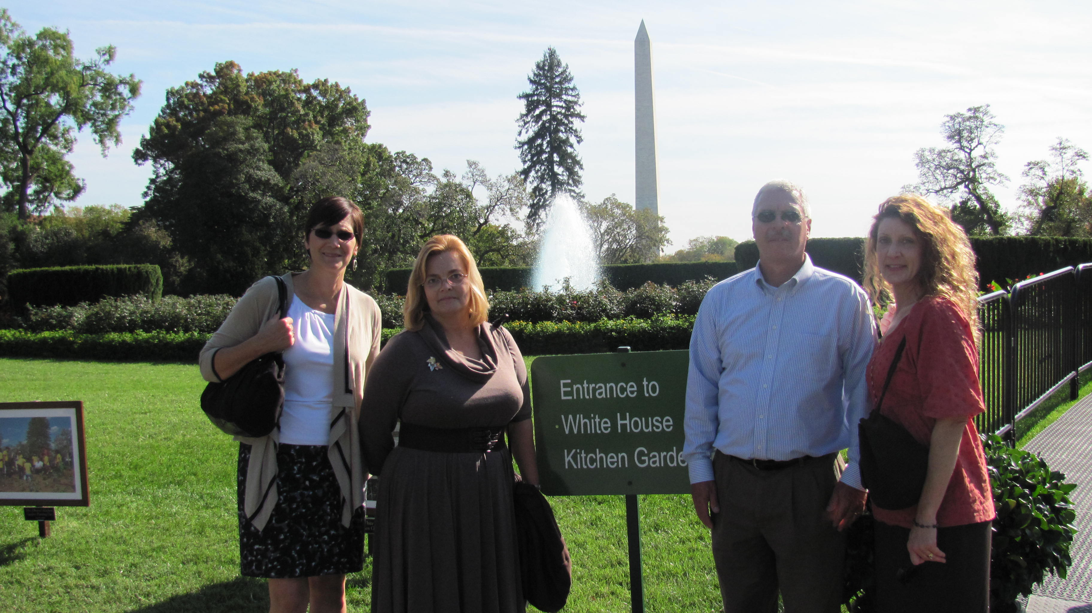 Lees Staff Travels To White House