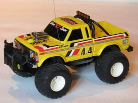 for-sale-tandy-radio-shack-4x4-off-roader-002