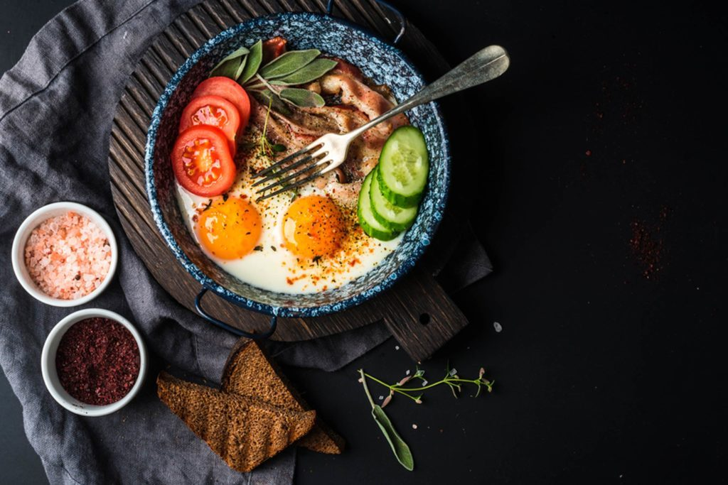 10 Ways You Can Eat Healthy On Vacation  Reader's Digest