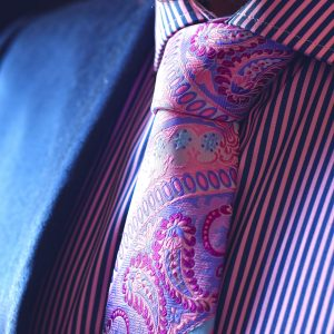 Luxurious pink silk paisley necktie