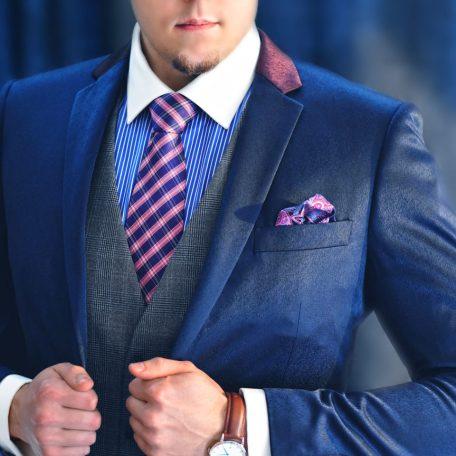 Luxurious silk necktie