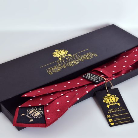 Luxurious polka dot necktie in a rdb royal packaging