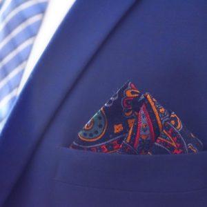 Cierna zlta cervena elegantna panska jarna naprsna vreckovka do saka paisley