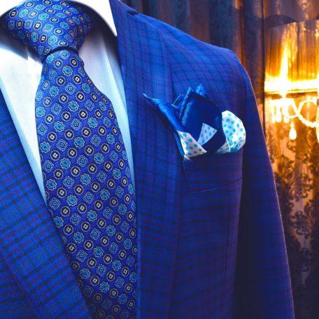 Elegantná modrá foulard panská kravata