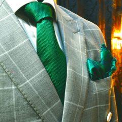 zelený legantný pánsky luxusný hodvábny set Loxley so zelenou kravatou a vreckovkami do saka z hodvábu