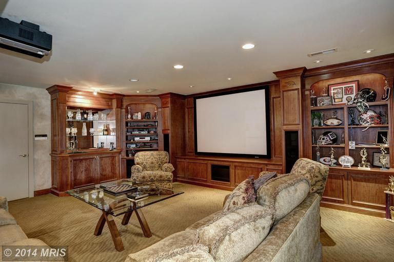 formal living room set small baltimore ravens' legend ray lewis cuts price on maryland ...