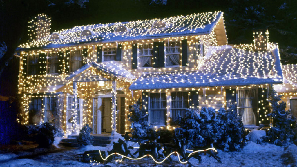 National Lampoon's Christmas Vacation House. Image property of Warner Bros.