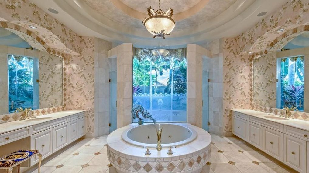 Cabinet Candidate Ben Carson Selling 12M Palm Beach