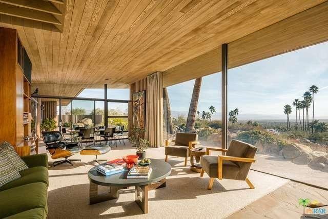 Edris house living room