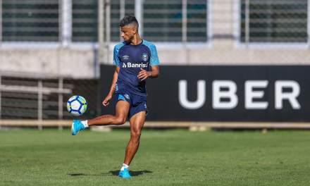 Repórter da Fox vê Léo Moura próximo do Flamengo