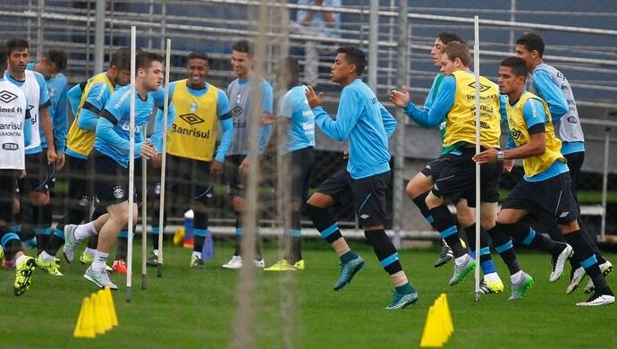 Quatro jogadores que estavam emprestados retornam ao Grêmio