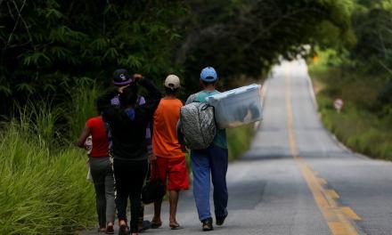 Mais 96 imigrantes venezuelanos chegam ao Rio Grande do Sul