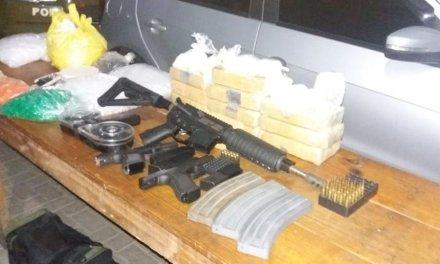 Brigada Militar apreende um fuzil e duas pistolas na Zona Sul da Capital