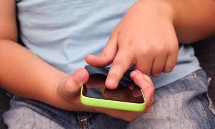 OMS: crianças devem ter tempo em frente a telas limitado a 1 hora