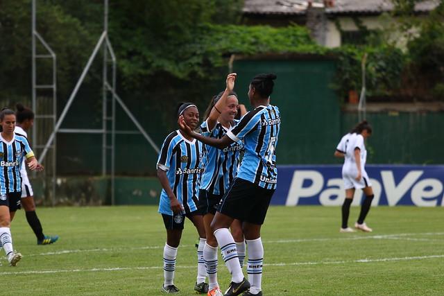 Time feminino do Grêmio enfrenta a Portuguesa pelo Campeonato Brasileiro Série A2
