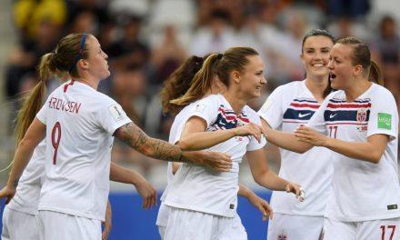 Noruega vence e garante vaga nas oitavas do Mundial