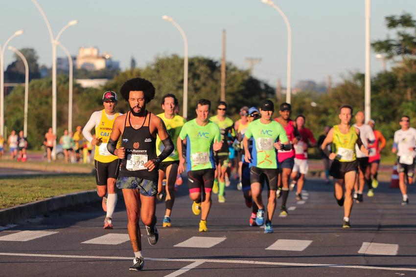 Confira o que muda no trânsito para a 36ª Maratona Internacional de Porto Alegre