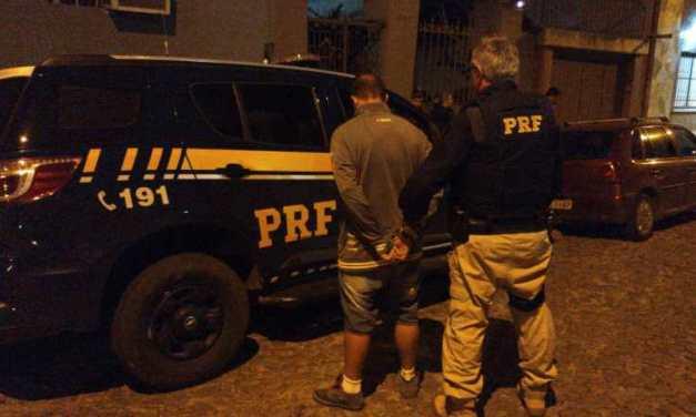 PRF e Brigada apreendem mais de 100kg de maconha em Pelotas