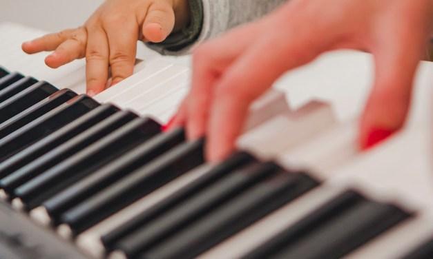 Oficina de musicalização é atração para crianças e bebês no Instituto Ling neste sábado