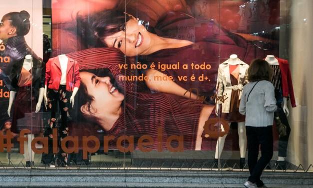Procon Porto Alegre monitora preço de produtos na Black Friday