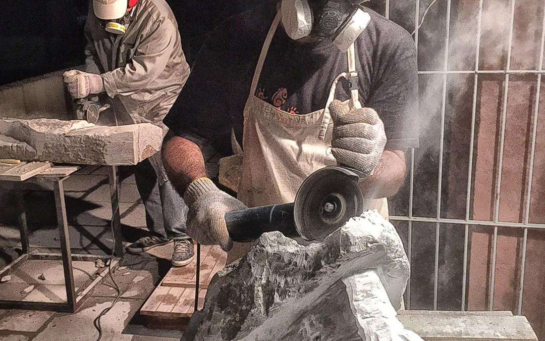 Centro Municipal de Cultura expõe esculturas em pedra