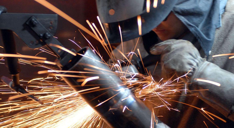 Indústria cresce em dez dos 15 locais pesquisados em novembro, aponta IBGE