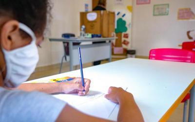 Governo do RS busca no STF prioridade na vacinação de professores