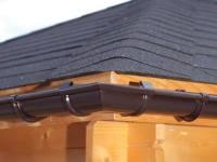 Gouttières en PVC contre gouttières en métal