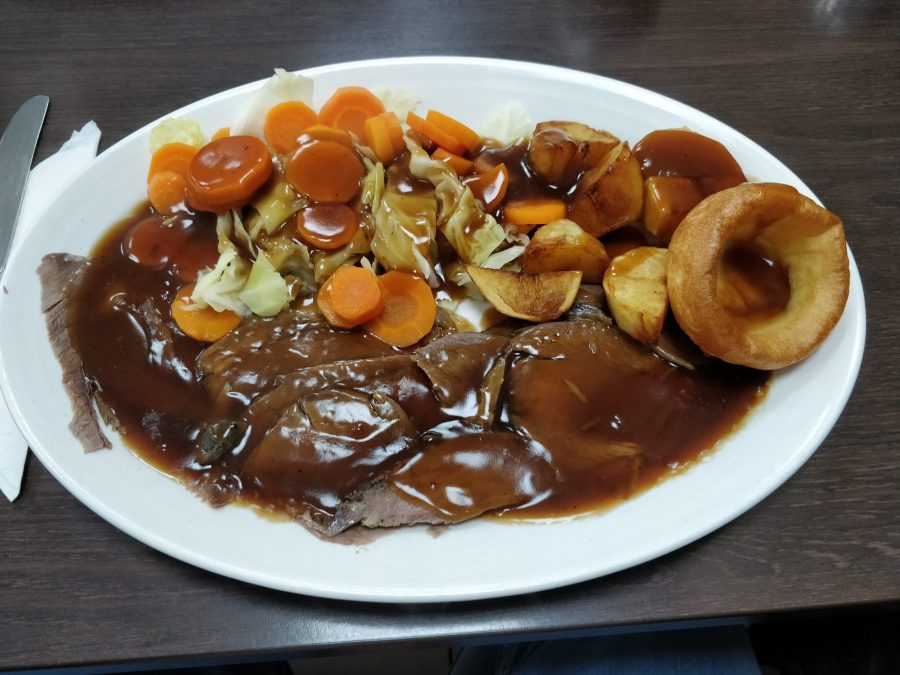 Poplar Cafe Roast Dinner