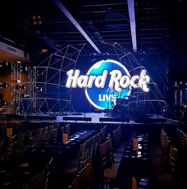 Hard Rock Live Blue Mall