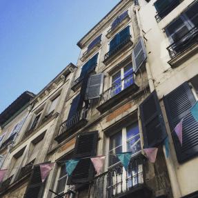 Façades dans une rue de Bayonne