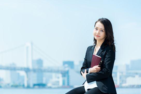 「転職先 待つ 女性」の画像検索結果