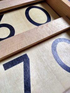 How Montessori teaches math. Tens Board