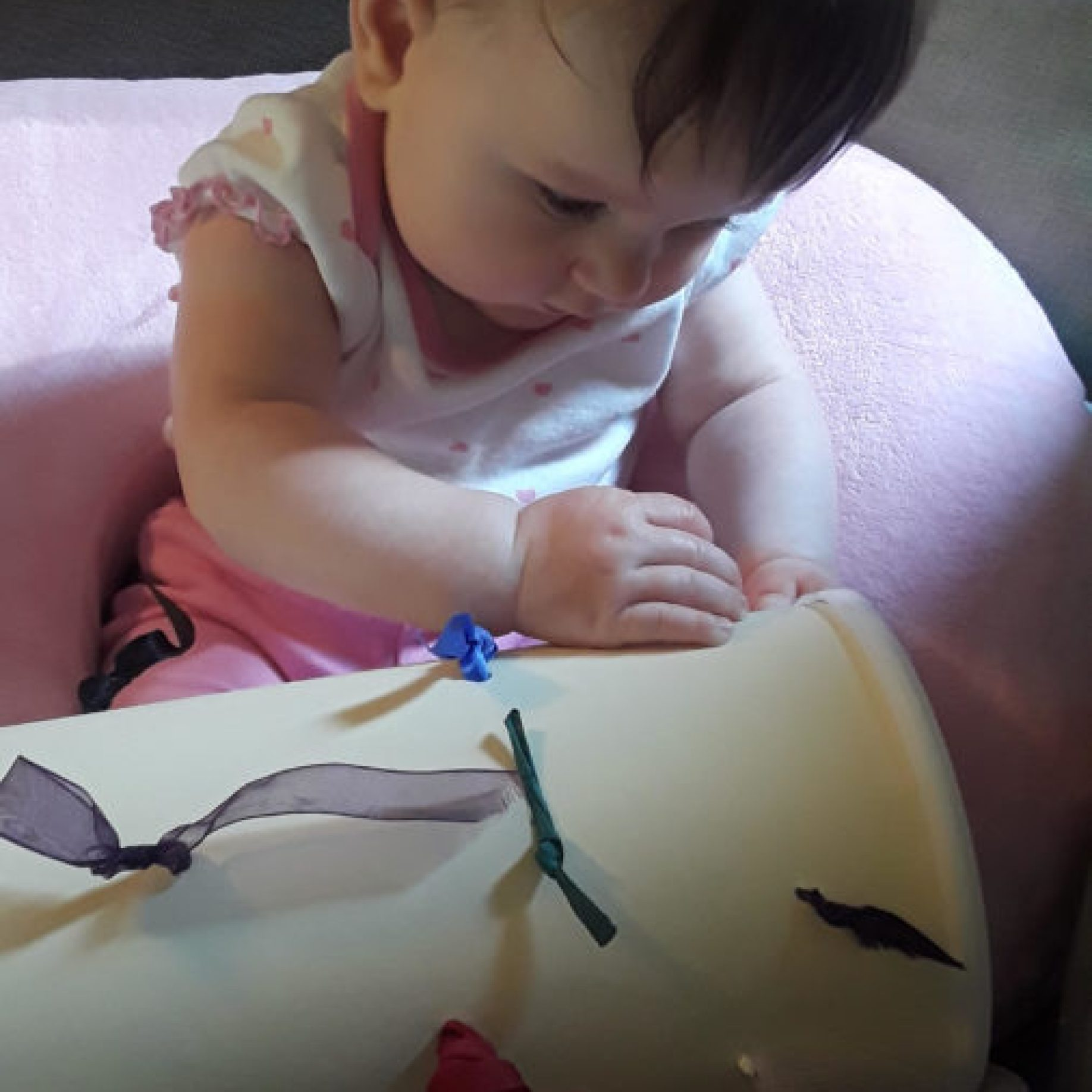 fine motor activity for baby