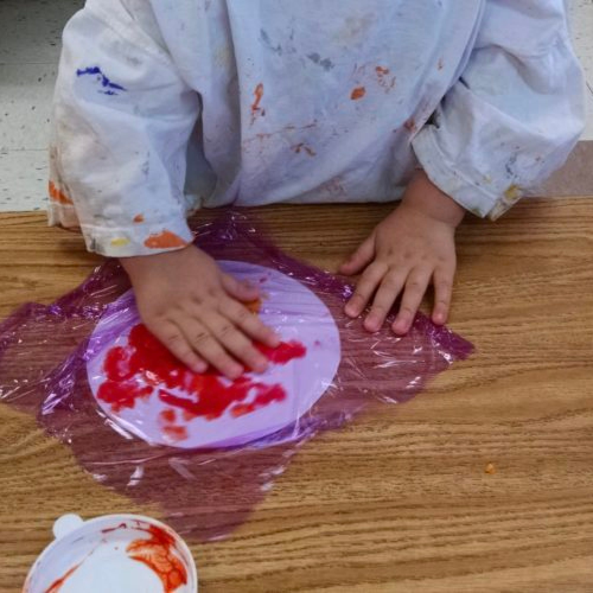Mess free toddler art