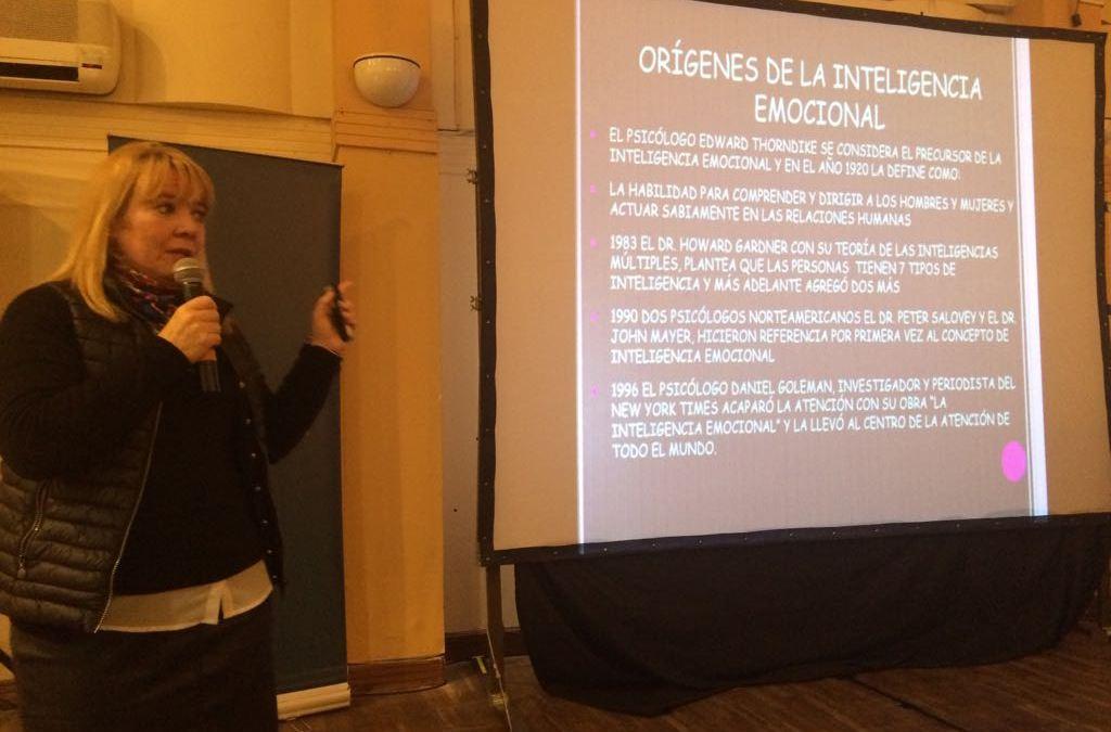 La educación de las emociones: Encuentro con Carmen Albana Sanz