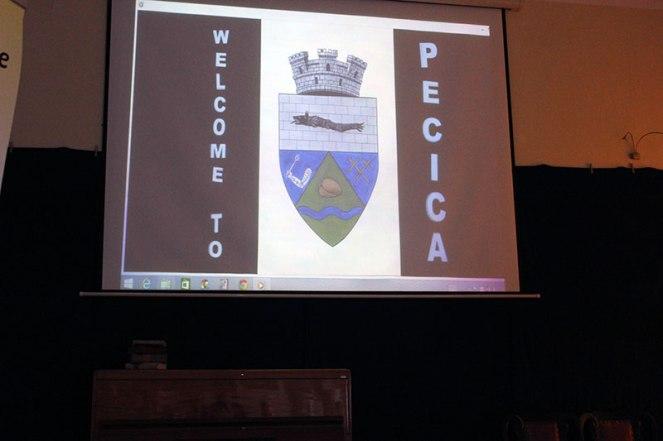 Romanian's presentation // Prezentarea echipei românești